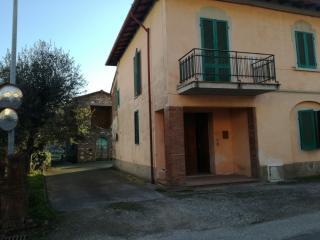 Porzione di casa in vendita a Santa Maria a Monte