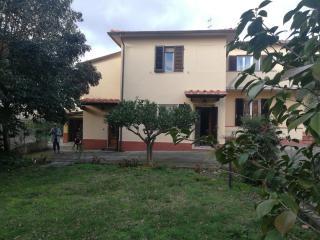 Villetta bifamiliare a San Giuliano Terme (1/5)
