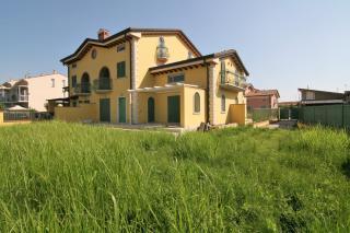 Villa singola a Carrara (1/5)