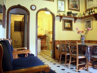 Villa singola a Camaiore (2/5)