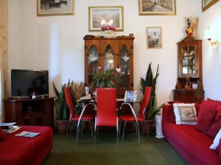 Villetta bifamiliare a Camaiore (2/5)