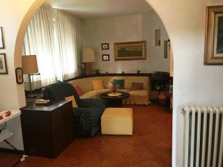 Villa singola a Cascina (2/5)