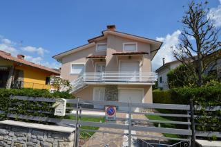 Villa singola a Massa e Cozzile (1/5)