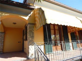 Casa semindipendente a Castelnuovo Magra (4/5)