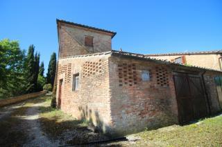 Colonica a Siena (4/5)