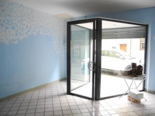 Locale comm.le/Fondo in vendita a Cerreto Guidi (FI)