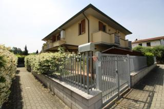 Villetta quadrifamiliare a Bientina (2/5)