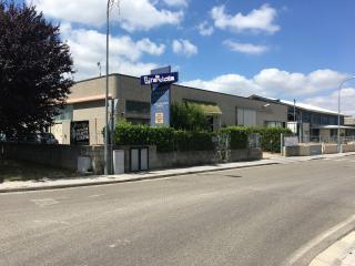 Locale comm.le/Fondo a Capannoli (1/5)