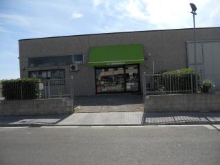 Locale comm.le/Fondo a Capannoli (2/5)