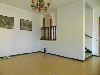 Casa singola a Castelnuovo Magra (2/5)