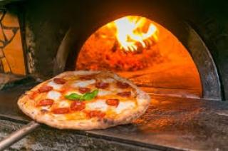 Pizzeria a Cascina (2/3)