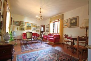 Villa singola a Lucca (1/5)