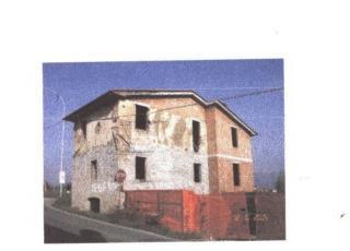 Casa singola a Montecarlo (4/5)