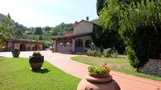 Villa singola a Pistoia (1/5)