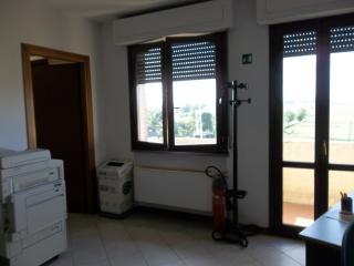 Ufficio in vendita a Ponsacco (PI)