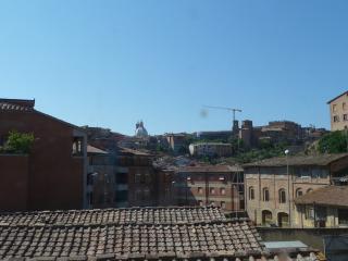 Appartamento a Siena (2/4)
