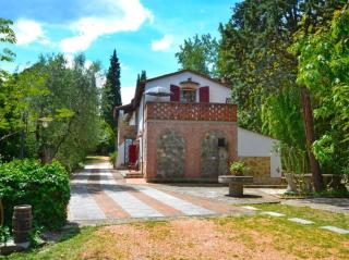 Casale a Montopoli in Val d'Arno (1/5)