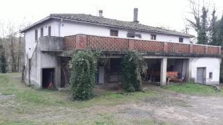 Colonica in vendita a Castelfiorentino (FI)
