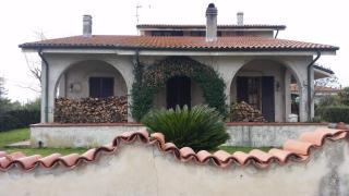 Villa singola a Cascina