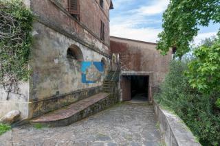 Edificio storico a Camaiore (5/5)