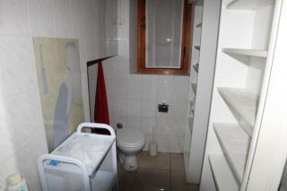 Locale comm.le/Fondo a Lamporecchio (3/4)