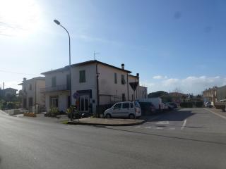Casa singola a Santa Maria a Monte (2/5)