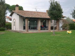 Casa singola in vendita a Cecina (LI)