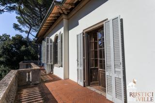 Villa on sale to Pisa (97/143)
