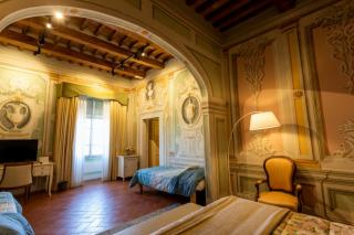 Historical building on sale to Pisa (35/58)