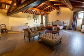 Historical building on sale to Pisa (28/58)
