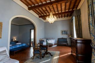 Historical building on sale to Pisa (20/58)