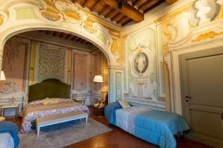 Historical building on sale to Pisa (32/58)