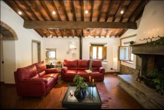 Casale in vendita a Vinci (FI)