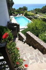 Foto 42/44 per rif. Villa con piscina