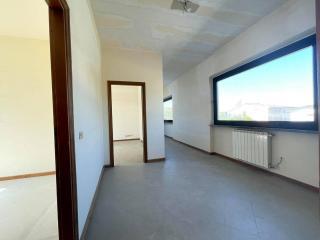 Locale comm.le/Fondo in affitto commerciale a Capannori (LU)