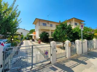 Villetta quadrifamiliare in vendita a Rosignano Marittimo (LI)