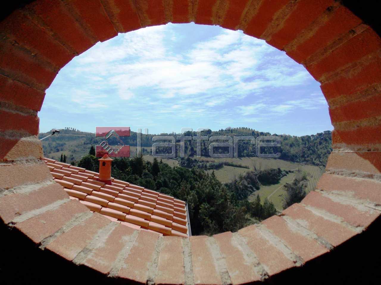 Colonica a Montopoli in Val d'Arno (2/5)