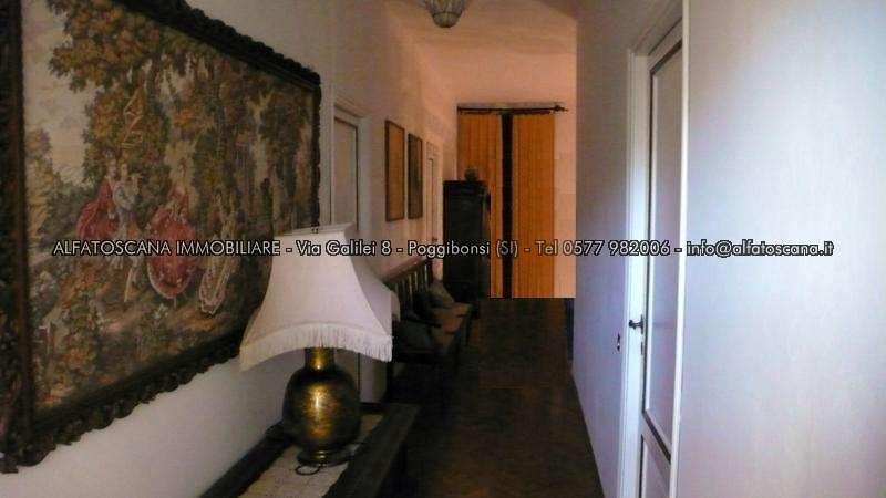 Villa singola a Castelnuovo Berardenga (2/5)