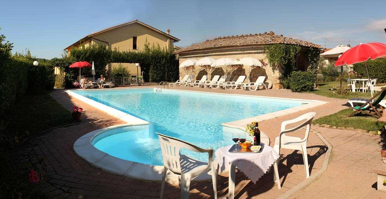 Albergo/Hotel a San Gimignano (1/5)