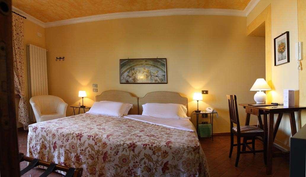 Albergo/Hotel a San Gimignano (3/5)