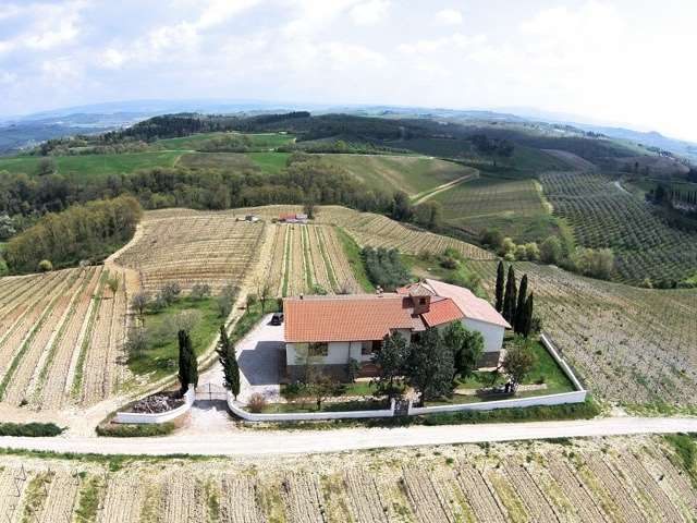 Azienda agricola a San Gimignano (1/5)