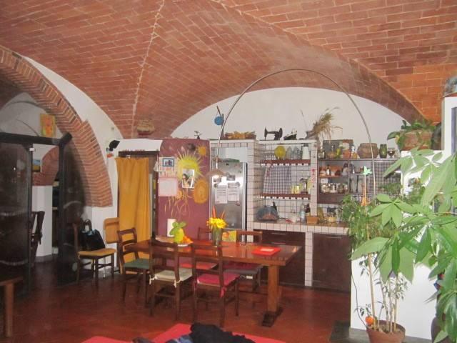 Casa semindipendente a Crespina Lorenzana (2/5)