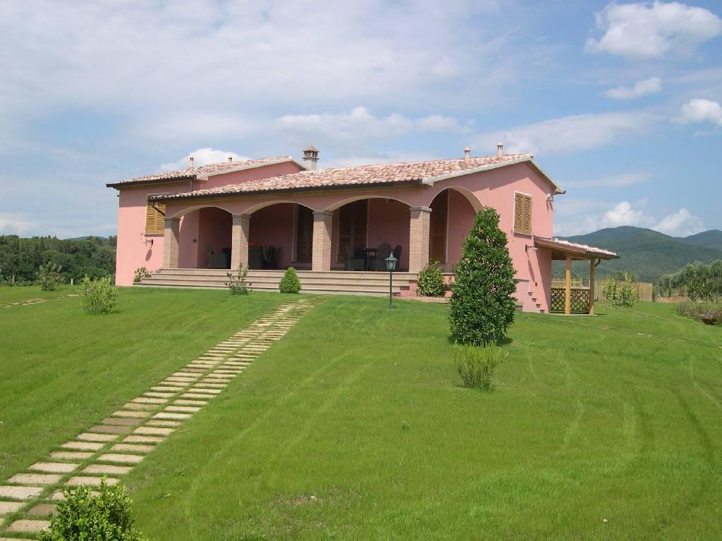 Villa singola in affitto vacanze a Bolgheri, Castagneto Carducci (LI)