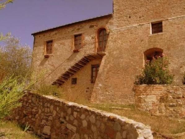 Rustico in vendita a Rapolano Terme (SI)