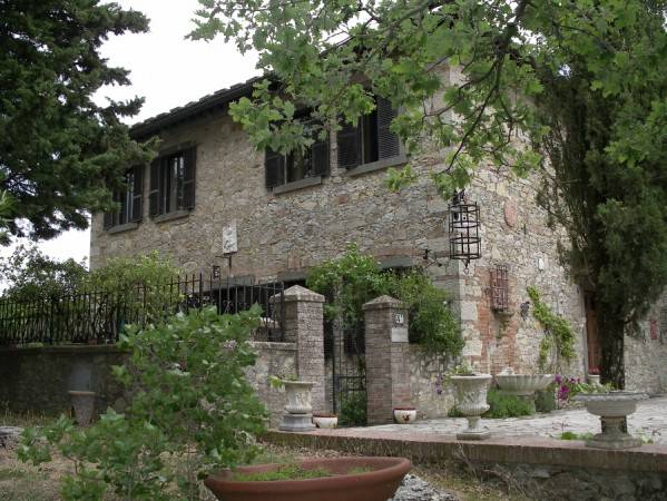 Country house for sale in Gaiole in Chianti (SI)
