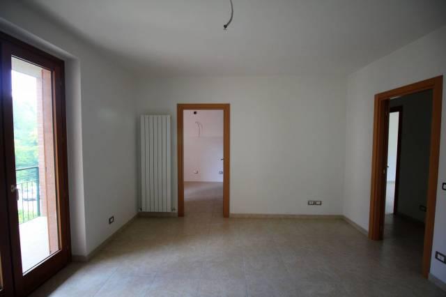 Appartamento in vendita, rif. R/405