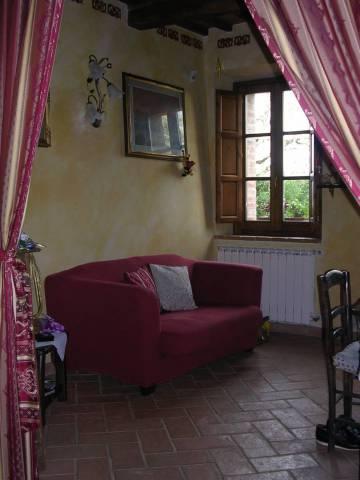 Appartamento in affitto, rif. R/494