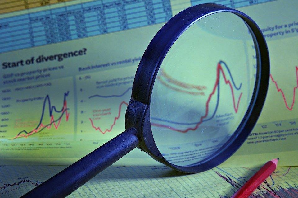 Il mercato immobiliare: nel 2011 calo delle compravendite
