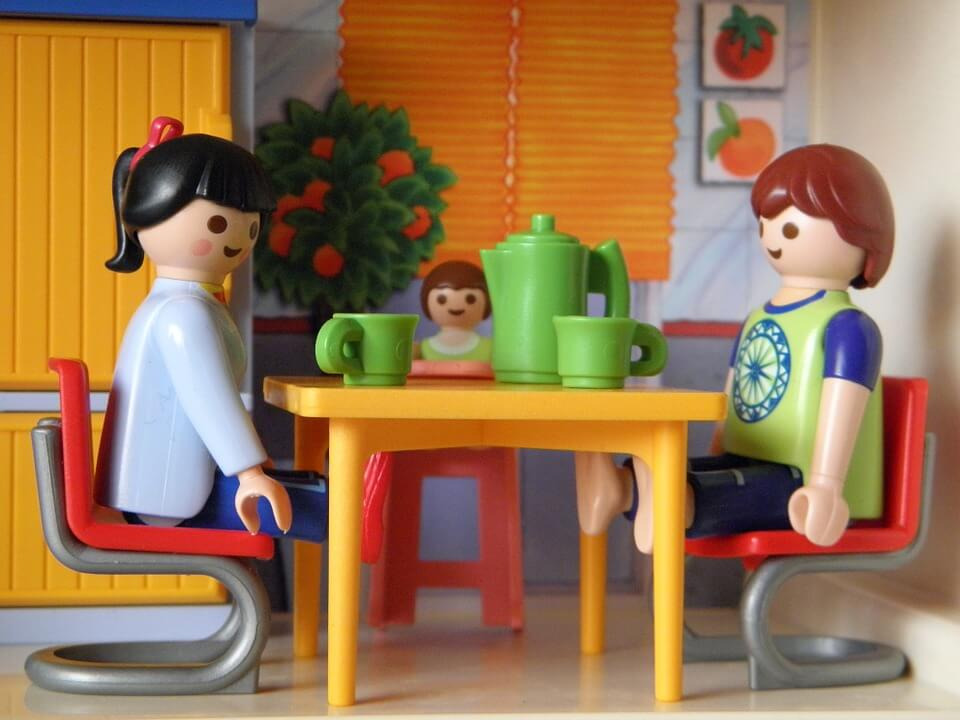 Tra mattoni... e mattoncini: nel cuore di Londra nasce la casa fatta di LEGO.