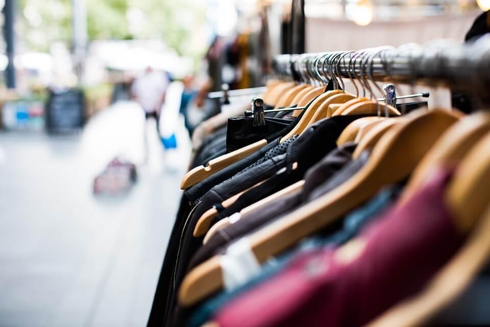 Abolita la cedolare secca sulle locazioni di negozi: quali effetti sul commercio?